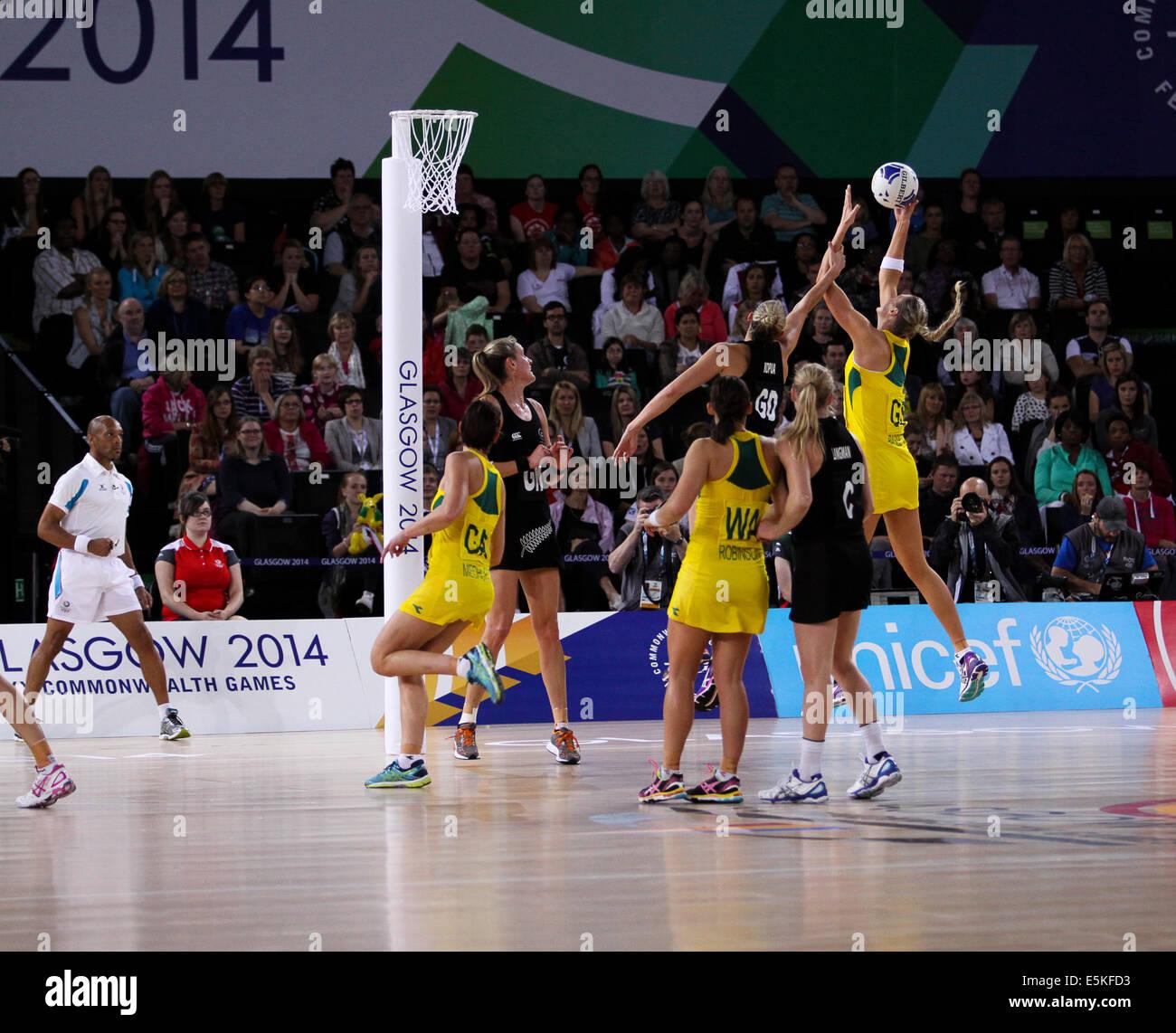SSE Idro Glasgow Scotland 3 agosto 2014. Giochi del Commonwealth Glasgow il giorno 11. Netball Aus finale v NZL. Immagini Stock
