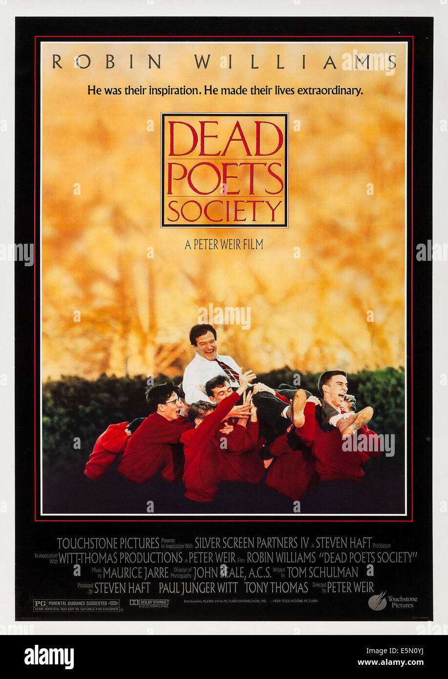 DEAD POETS SOCIETY, noi locandina, top: Robin Williams, 1989 ©Buena Vista foto/cortesia Everett Collection Immagini Stock