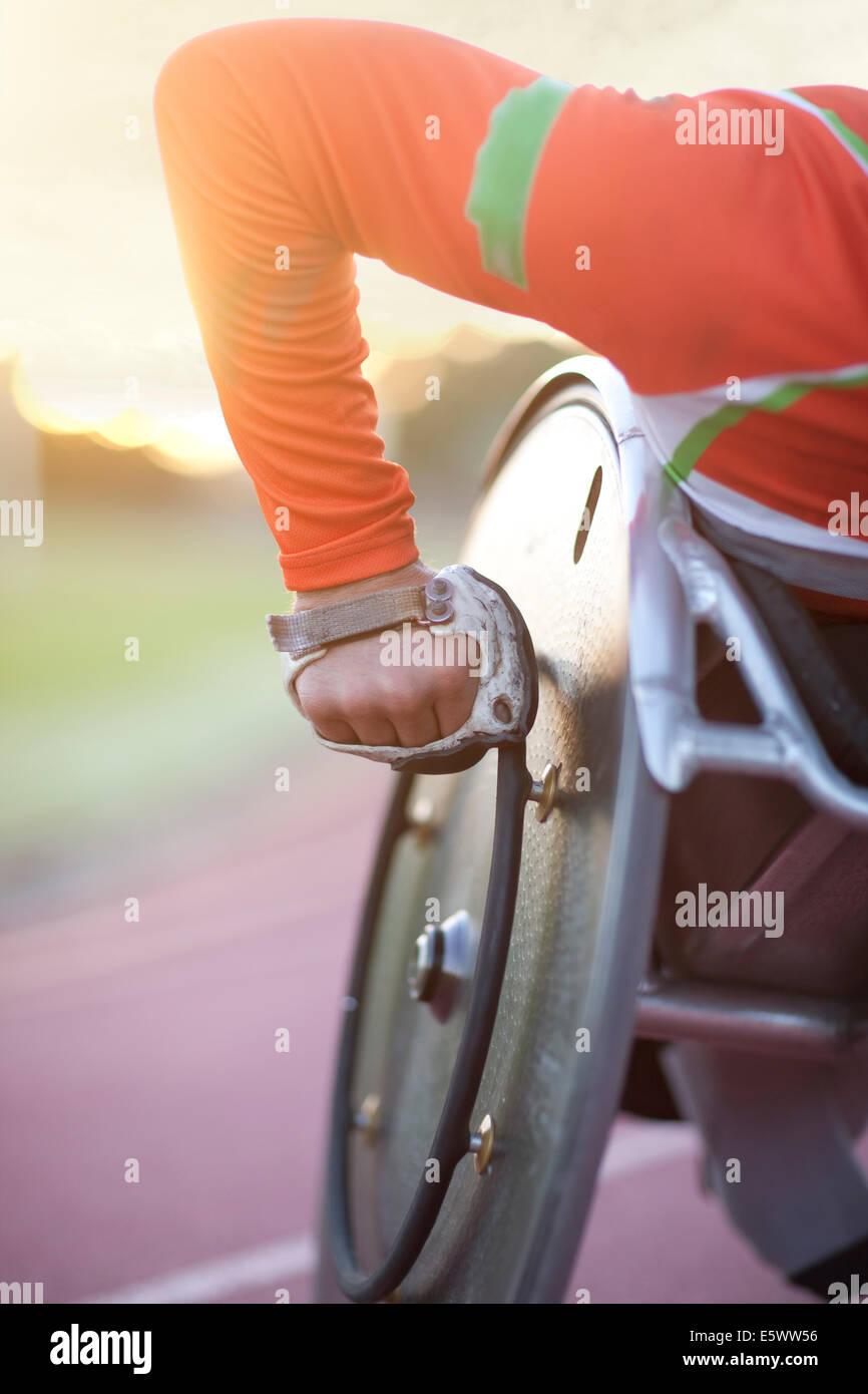 Chiusura del braccio di atleta in para-competizione atletica Immagini Stock
