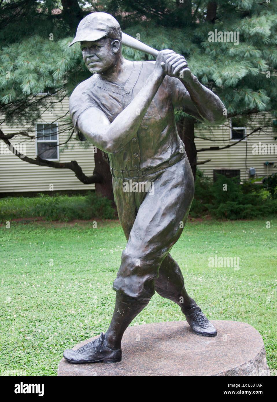 La leggenda del baseball James Foxx statua in un parco in Sudlersville Maryland Immagini Stock