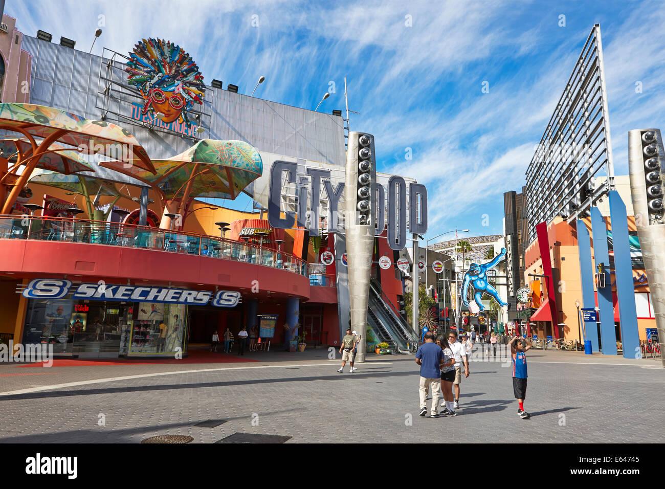 Città Universale scena di strada. Hollywood e Los Angeles, California, USA. Immagini Stock