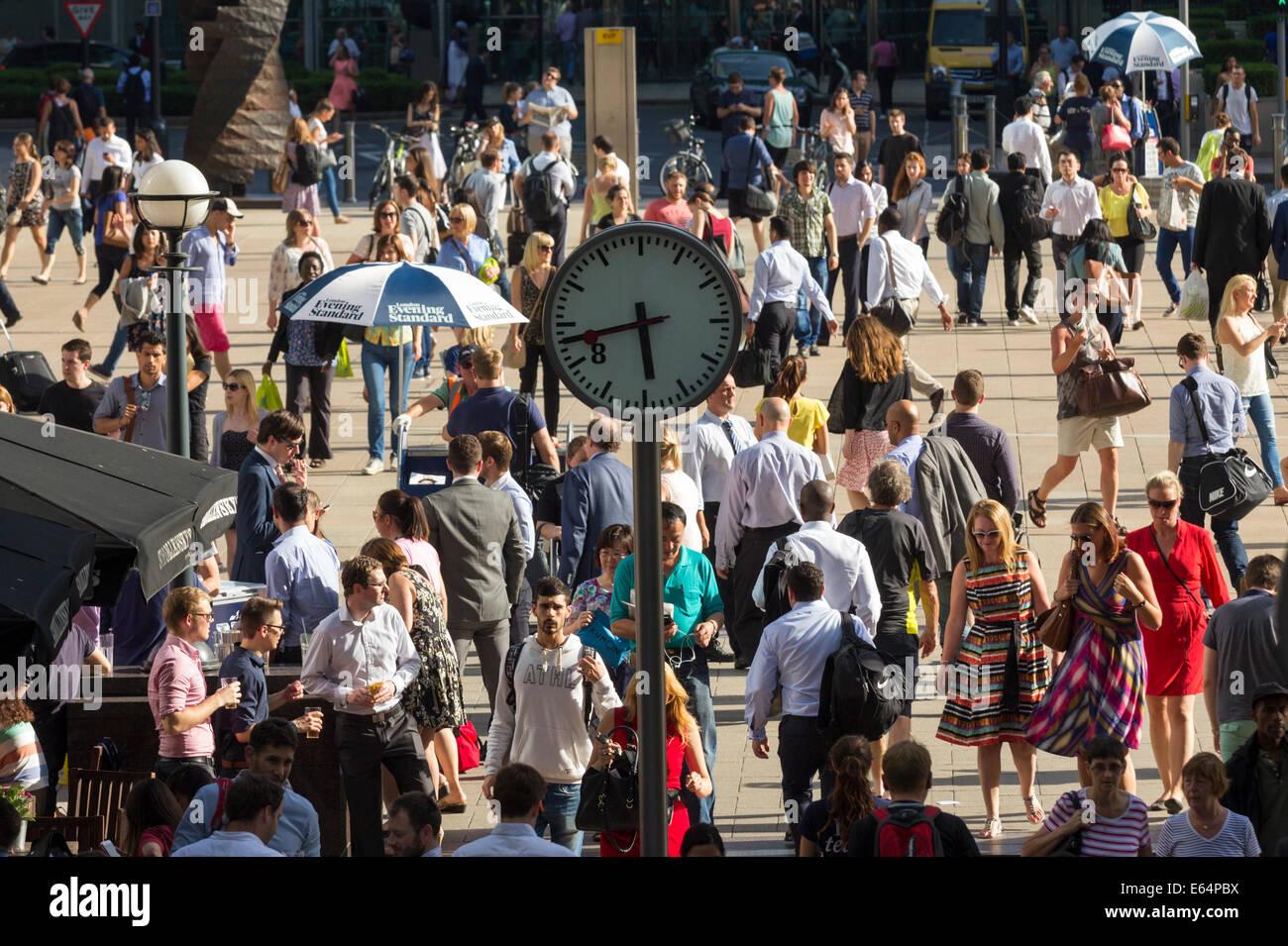 Sera Rush Hour - Canary Wharf - Londra Immagini Stock