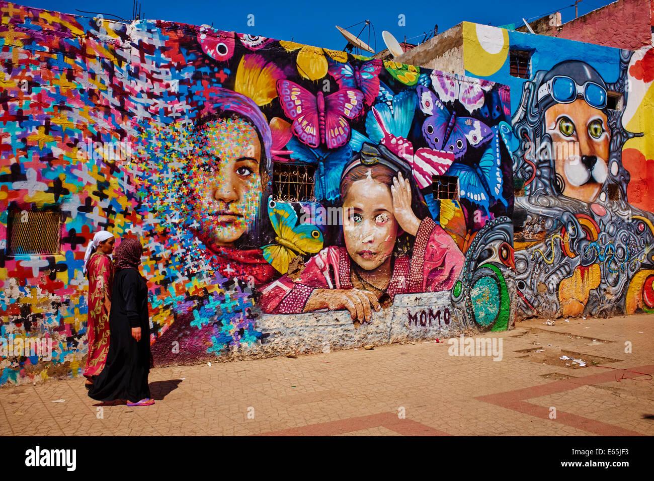 Il Marocco, Casablanca, pittura murale, centro città Immagini Stock