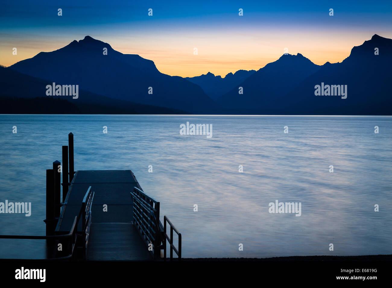 Il lago di McDonald nel Glacier National Park in Montana nei pressi della US-i confini del Canada Immagini Stock