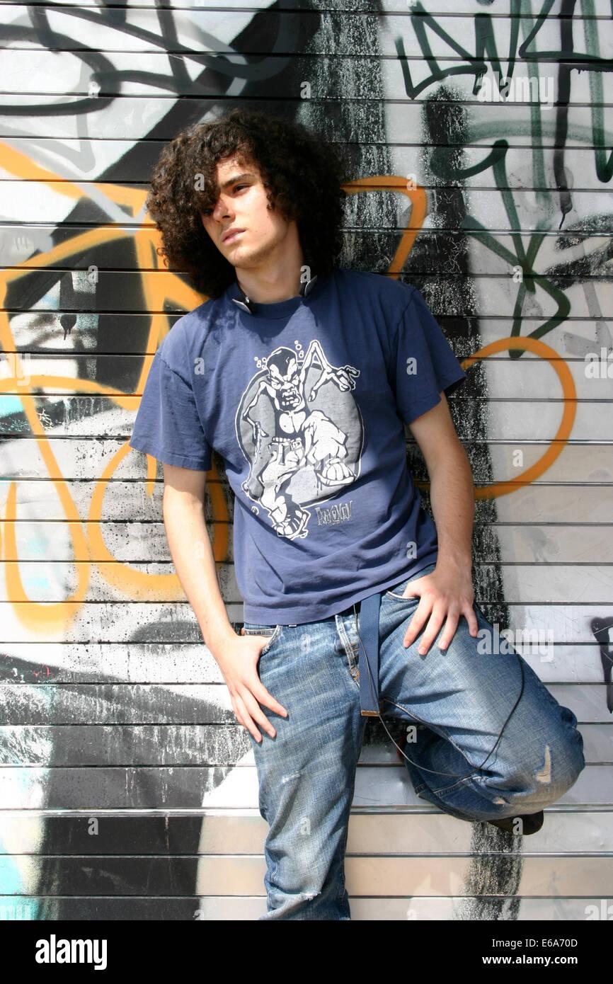 Adolescente,raffreddare,cultura giovanile,streetwear Immagini Stock