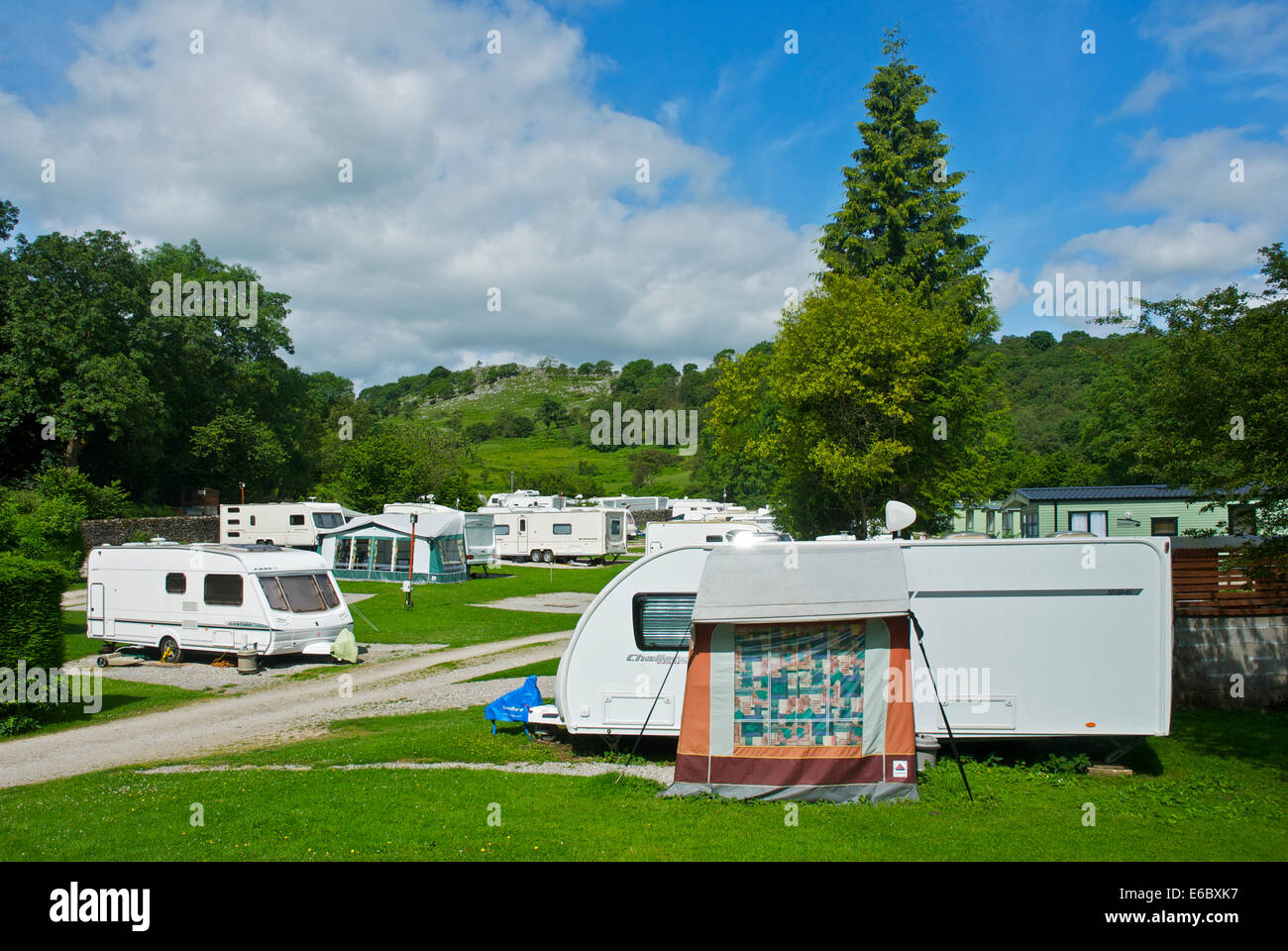 Legno Nook caravan park e campeggio, Skirethorns, vicino Grassington, Wharfedale, Yorkshire Dales Parco Nat, England Immagini Stock