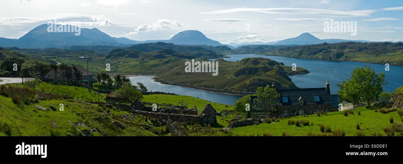 I picchi di Foinaven, Arkle, e Ben pila sul Loch Inchard, da Badcall, vicino Kinlochbervie, Sutherland, Scotland, Foto Stock