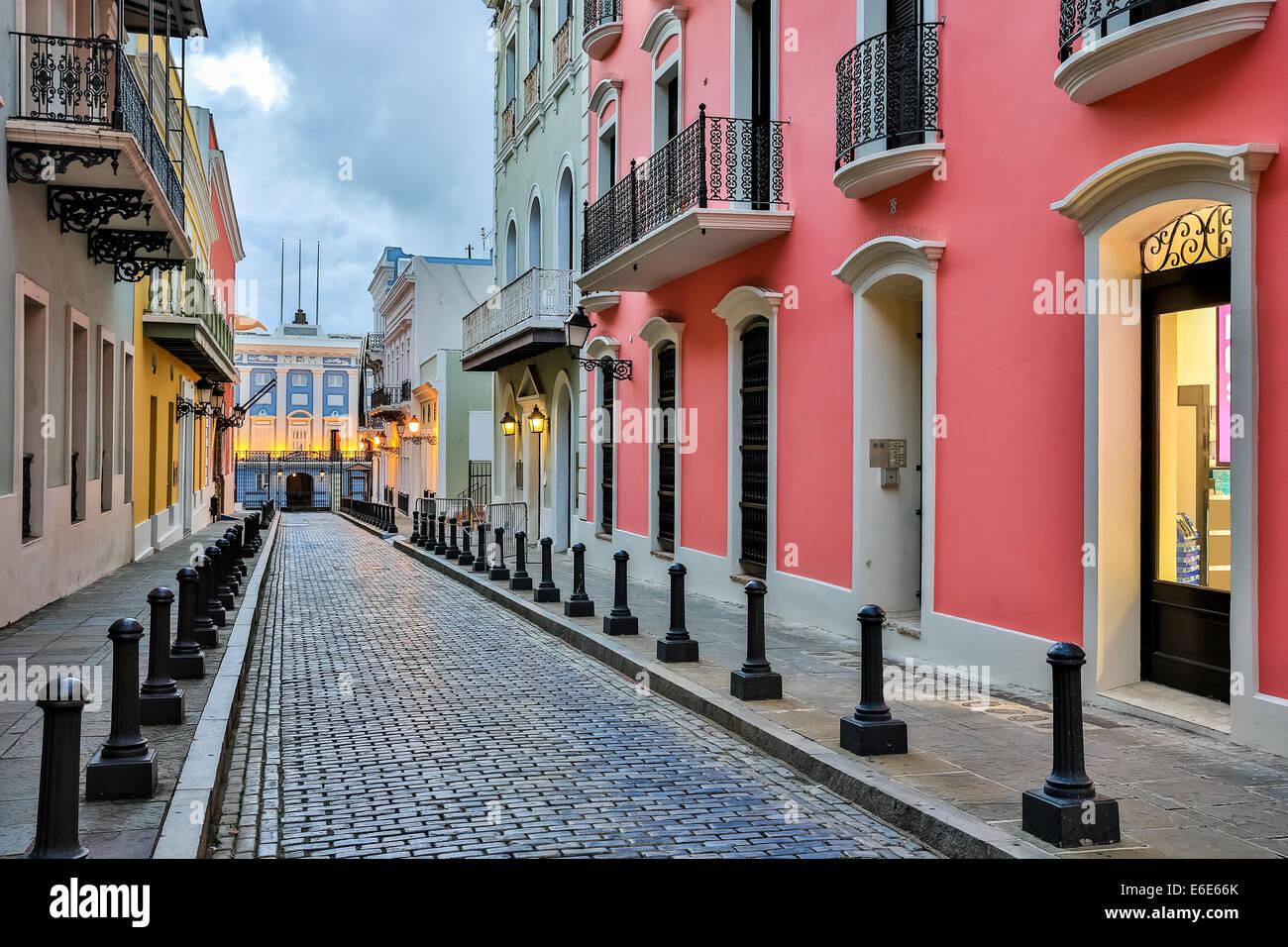 Street nella città vecchia di San Juan, Puerto Rico Immagini Stock