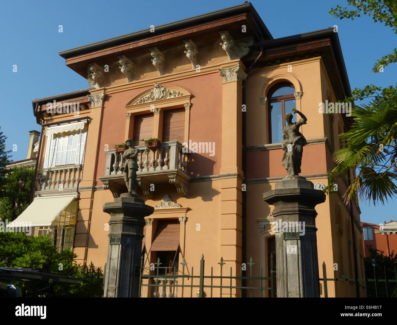 Classic villa in stile Liberty del Lido - Laguna di Venezia Immagini Stock