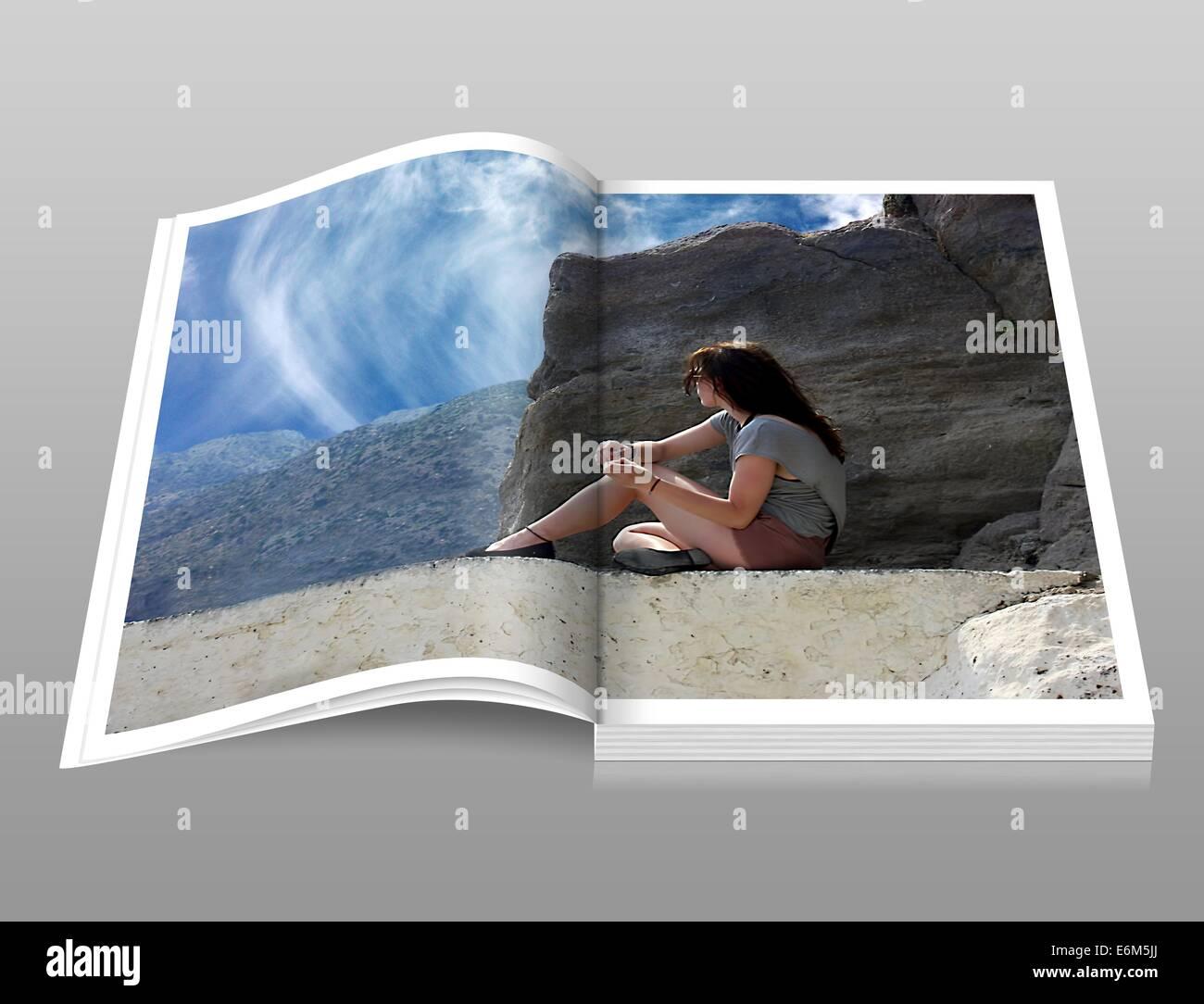 Opuscolo digitale libro ragazza donna catalogo album fotografico Immagini Stock