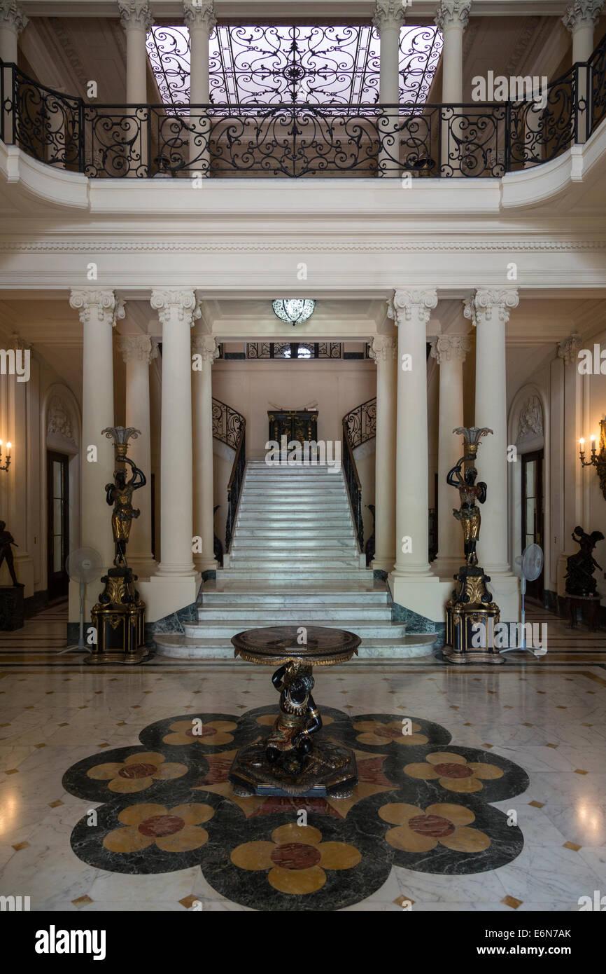 Hall, il Museo delle Arti Decorative, Havana, Cuba Immagini Stock