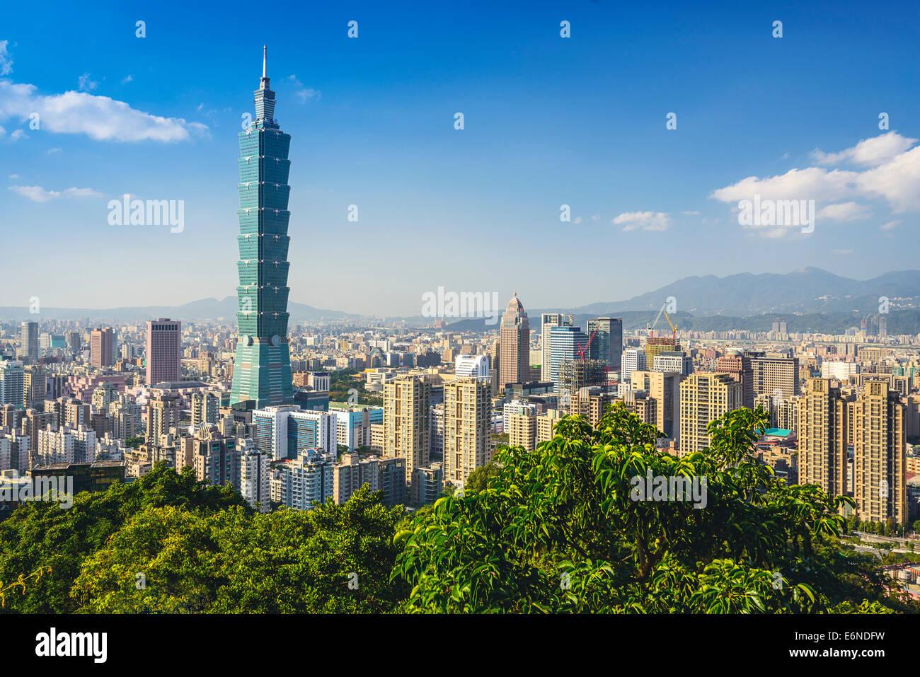 Taipei, Taiwan skyline del centro al Xinyi il quartiere finanziario. Immagini Stock