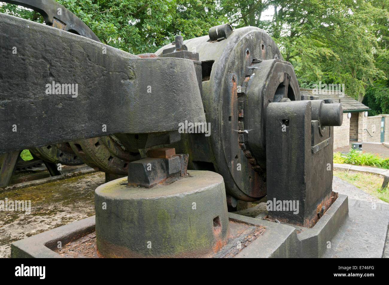 Jessop inclinazione del martello a Abbeydale Industrial Hamlet, Sheffield, Yorkshire, Inghilterra, Regno Unito. Immagini Stock