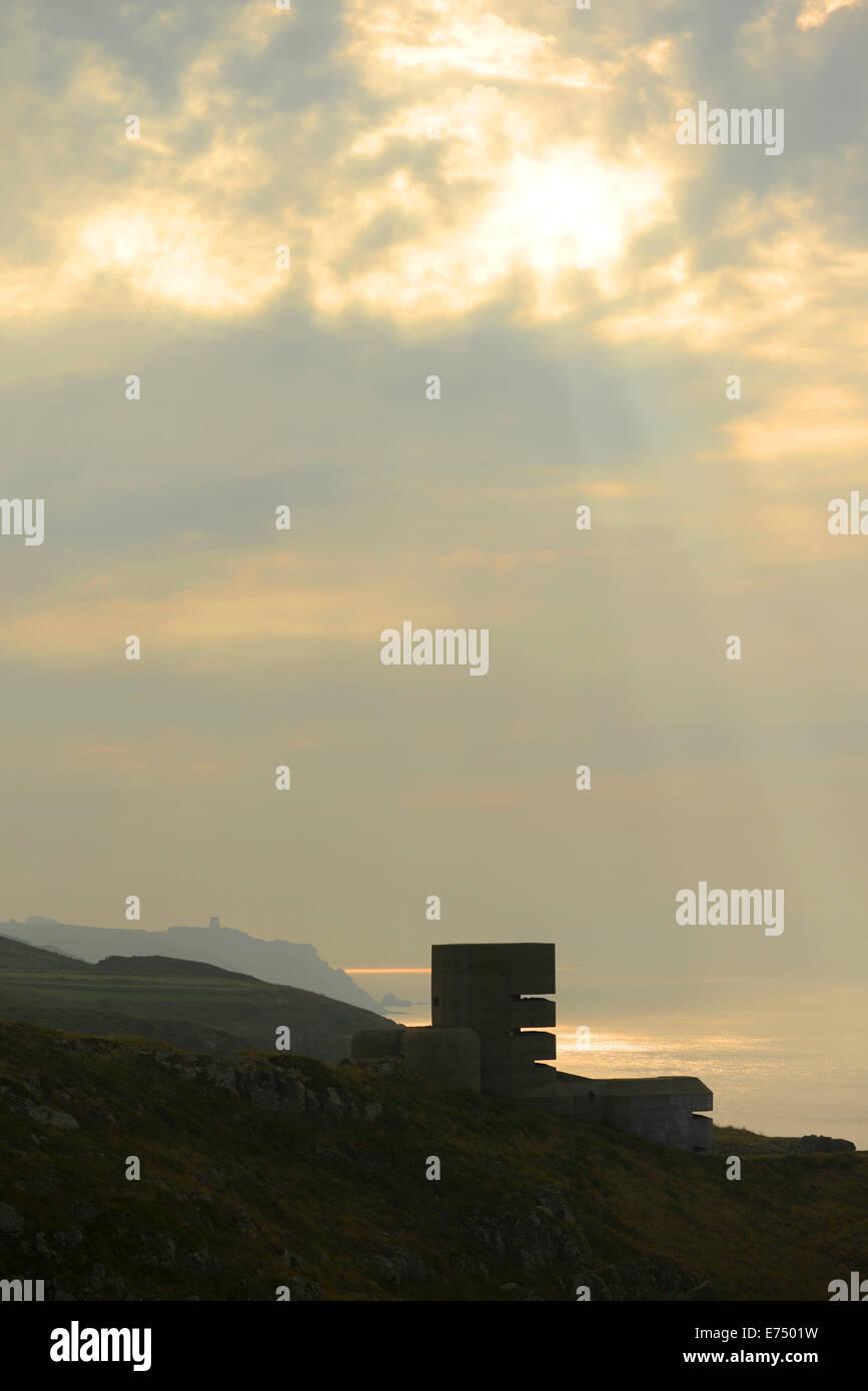 Punto Pleinmont, Guernsey, Isole del Canale. Il 7 settembre 2104. Una nebbiosa per iniziare la giornata come il Immagini Stock