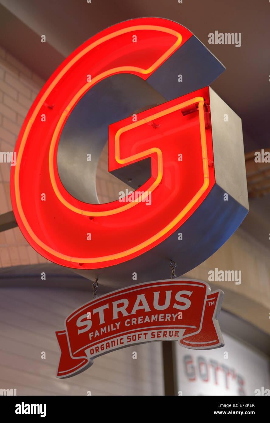 Straus famiglia Creamery al Embarcadero Ferry Building, San Francisco CA Immagini Stock
