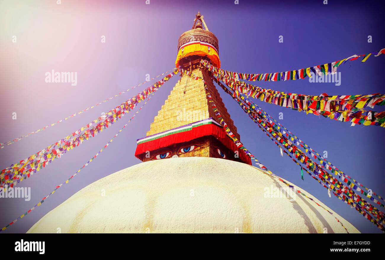 Vintage immagine filtrata di Stupa Boudhanath, simbolo di Kathmandu, Nepal Immagini Stock