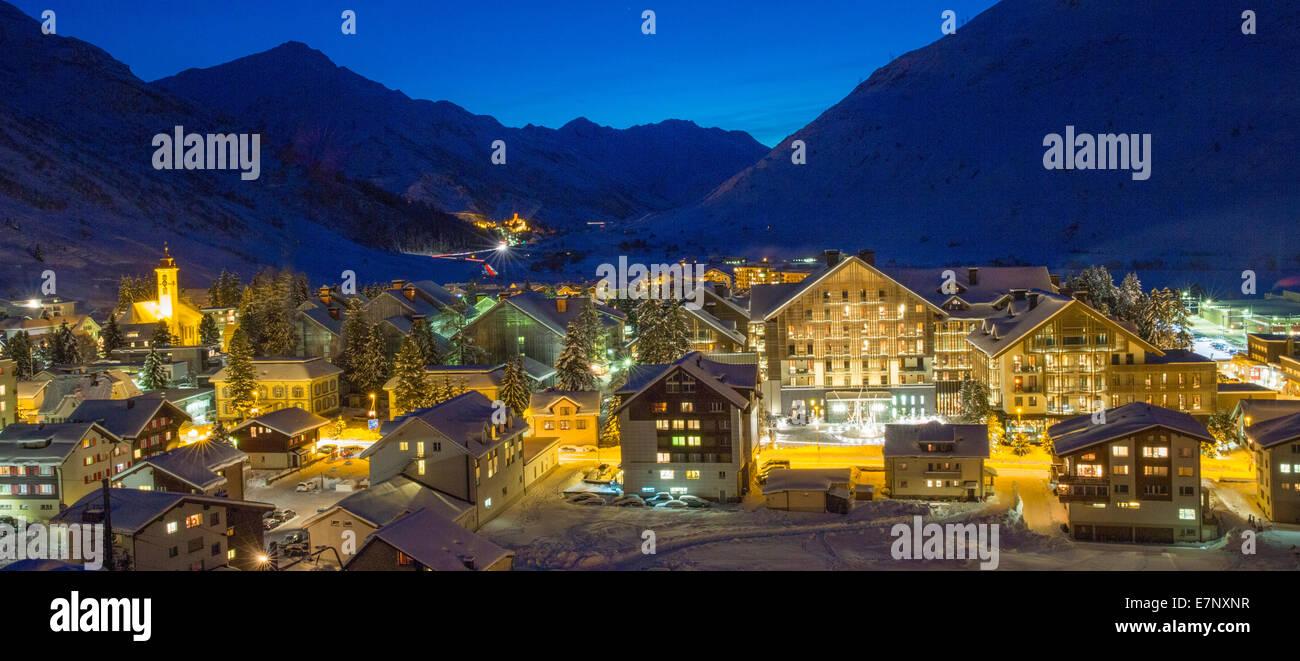 Urserental, di lusso, hotel, Chedi, dipartimento, provincia, Andermatt, Urserental, villaggio, Canton, UR, Uri, Immagini Stock
