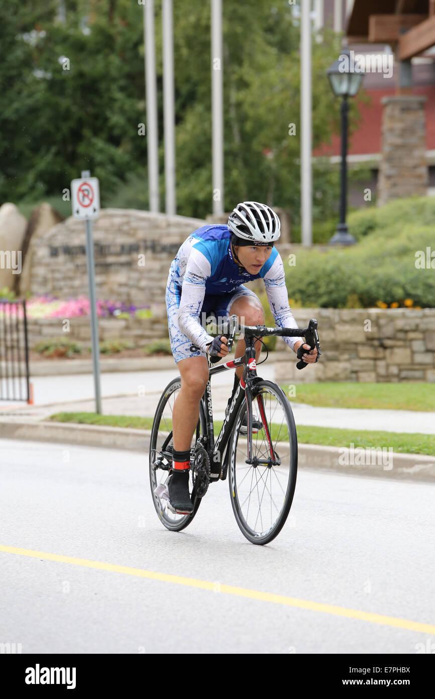 Professional ciclista maschio road race competition Immagini Stock