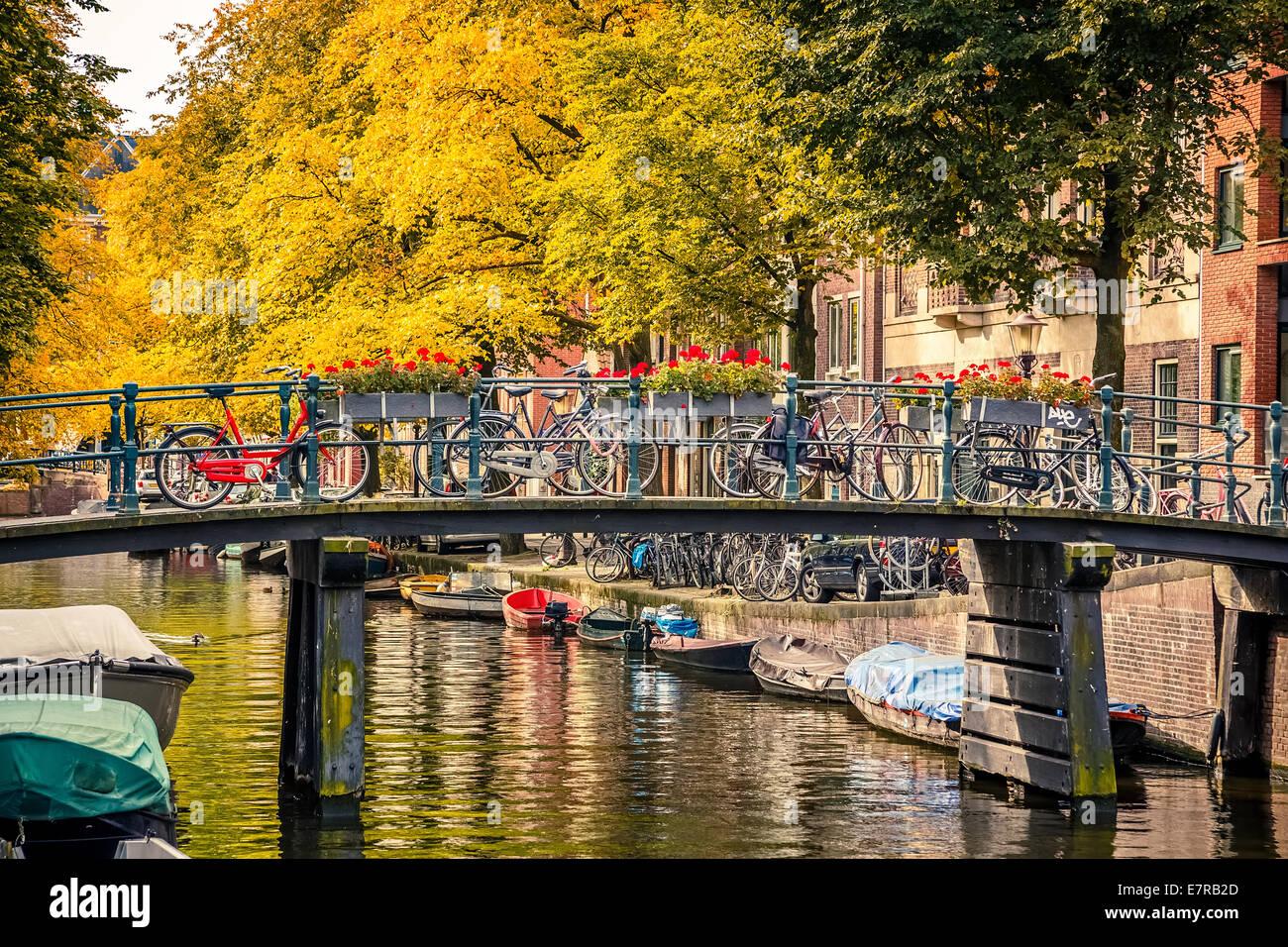 Canal in Amsterdam Immagini Stock