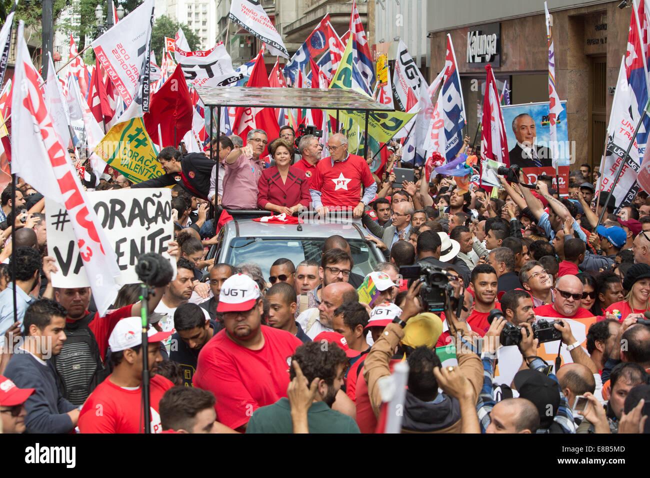 Sao Paulo, Brasile. 3 Ottobre, 2014. Il presidente del Brasile Dilma Rousseff, candidato per la rielezione di PT, Foto Stock