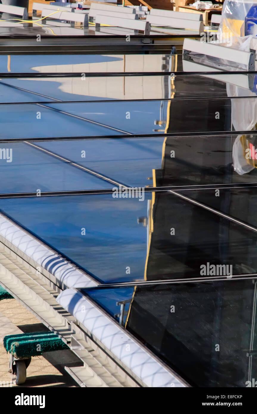 Stati Uniti d'America, Illinois, Contea di Cook, Evanston, futuro windows sulla mattina di sole Immagini Stock
