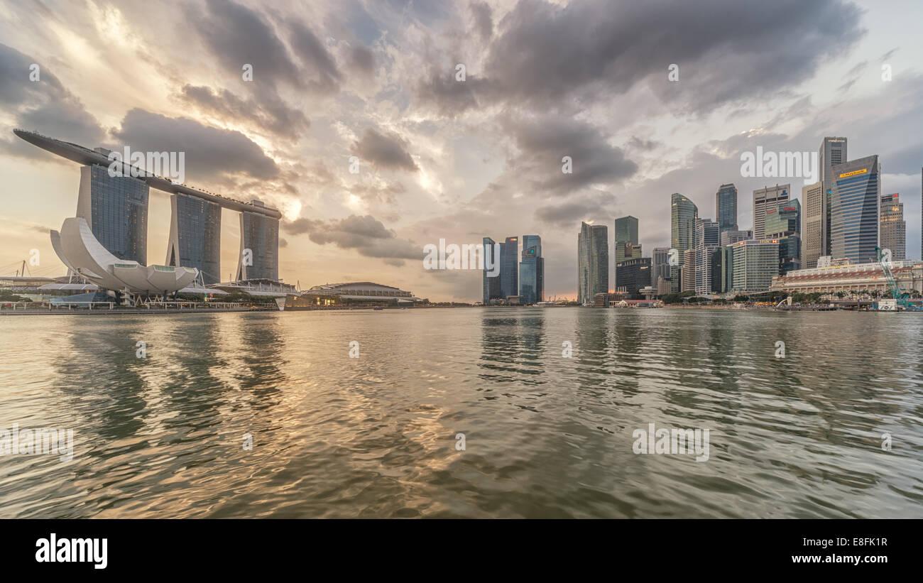 Singapore, Marina Bay, skyline della città Immagini Stock