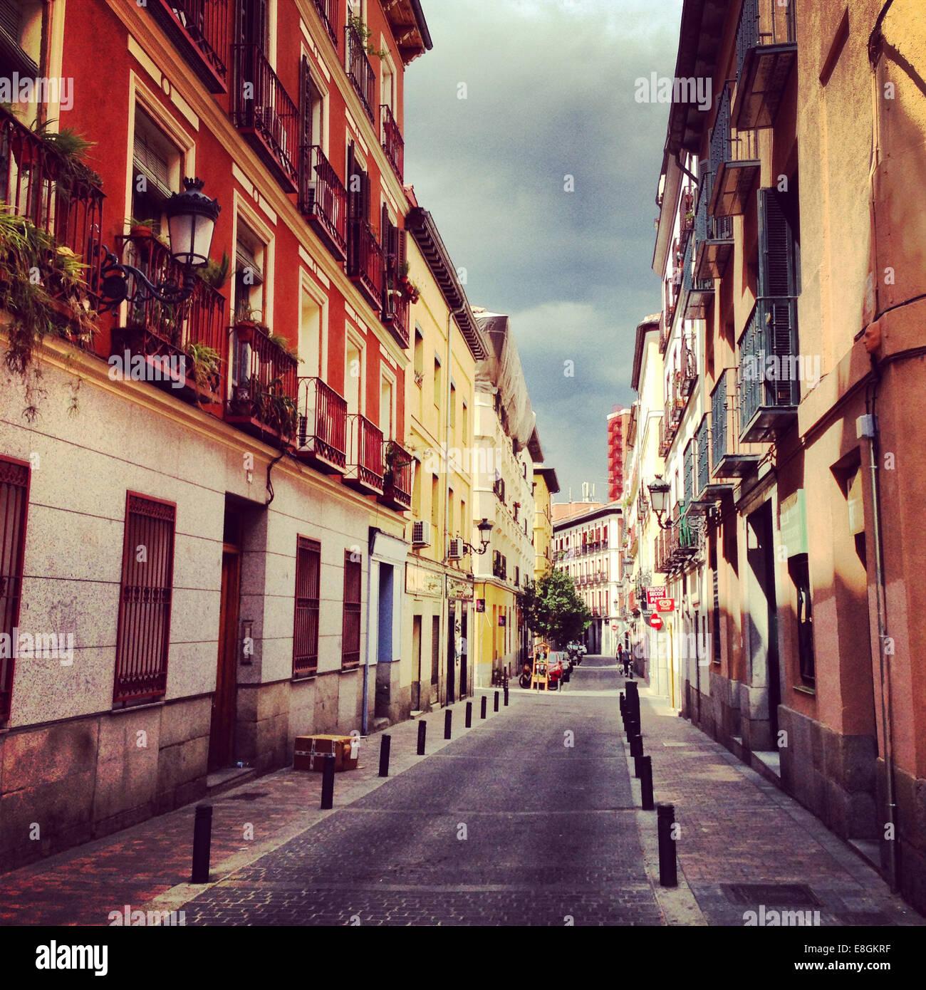 Spagna, Madrid, Barrio de las Letras, piccola strada Immagini Stock