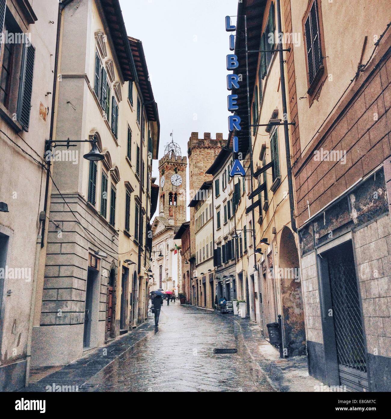 Italia, Toscana, Poggibonsi, piovosa giornata sulle strade Immagini Stock
