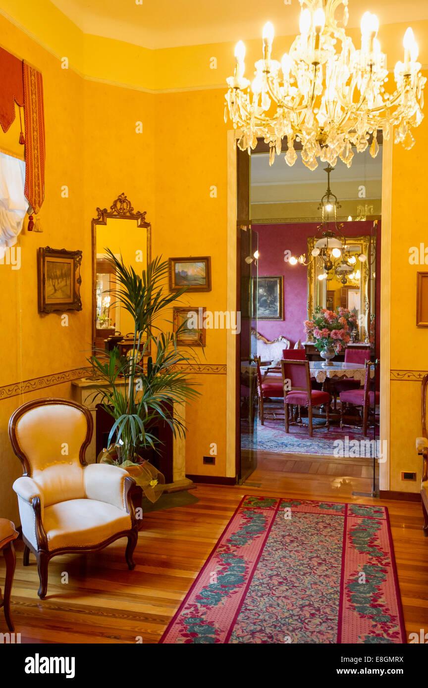 Soggiorno Di Una Villa In Stile Art Nouveau Villa Elisa Bordighera Riviera Dei Fiori Liguria Italia Foto Stock Alamy