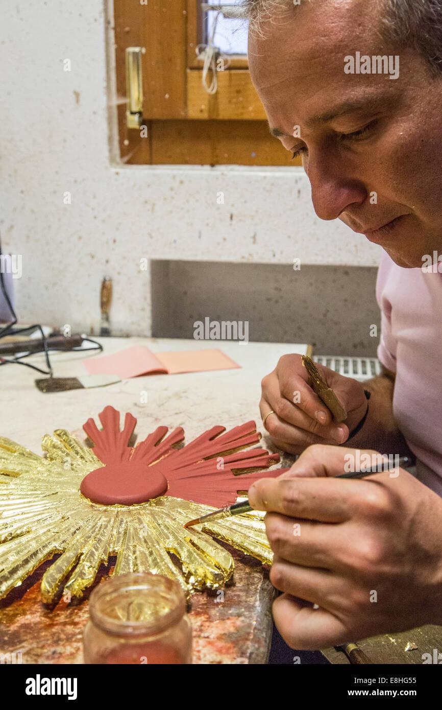 Trentino Alto Adige Artigianato artigiani, pittori e scultore in trentino alto adige, italia