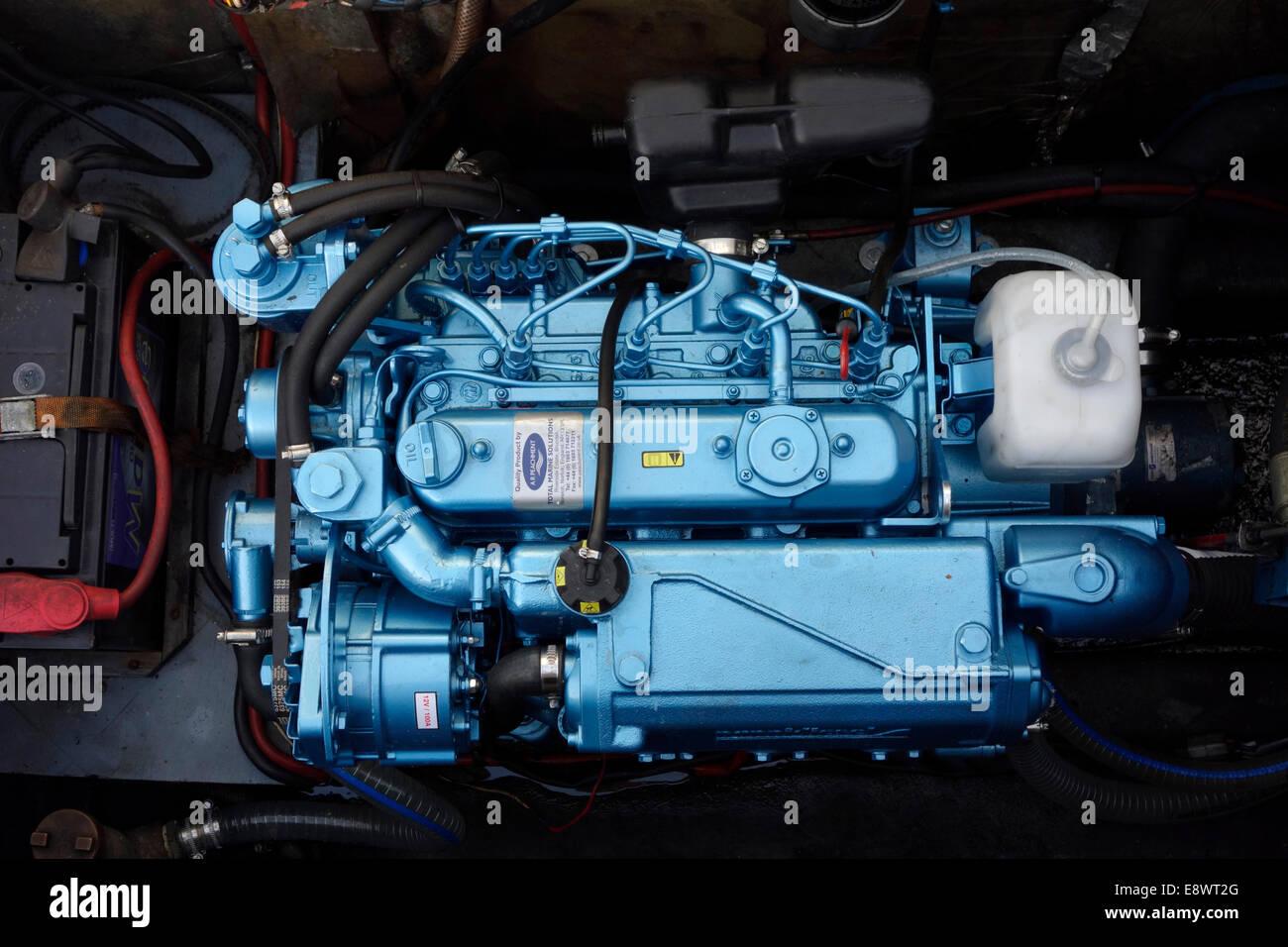 Nuovo motore entrobordo motore cruiser Immagini Stock