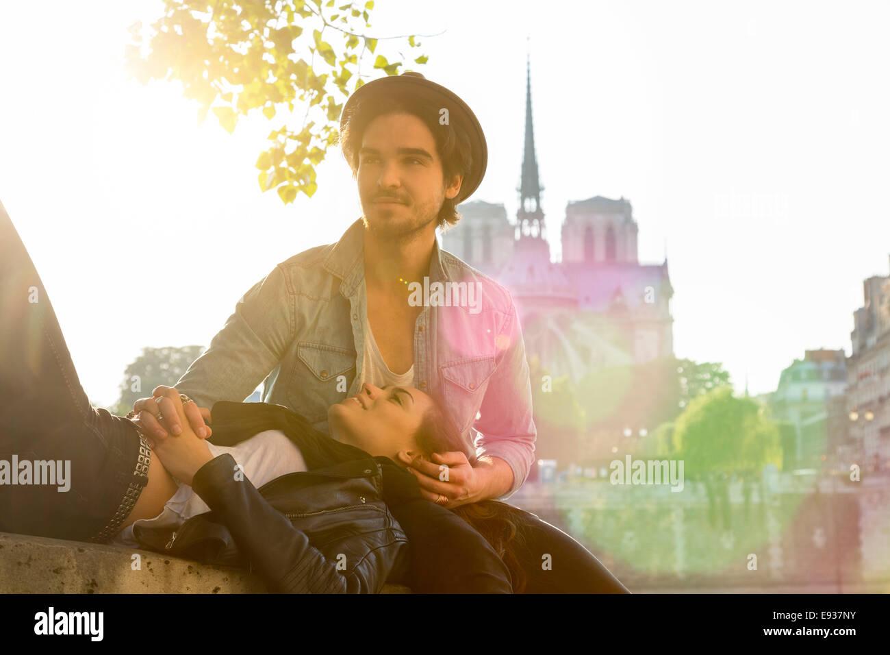 Coppia a Parigi Immagini Stock