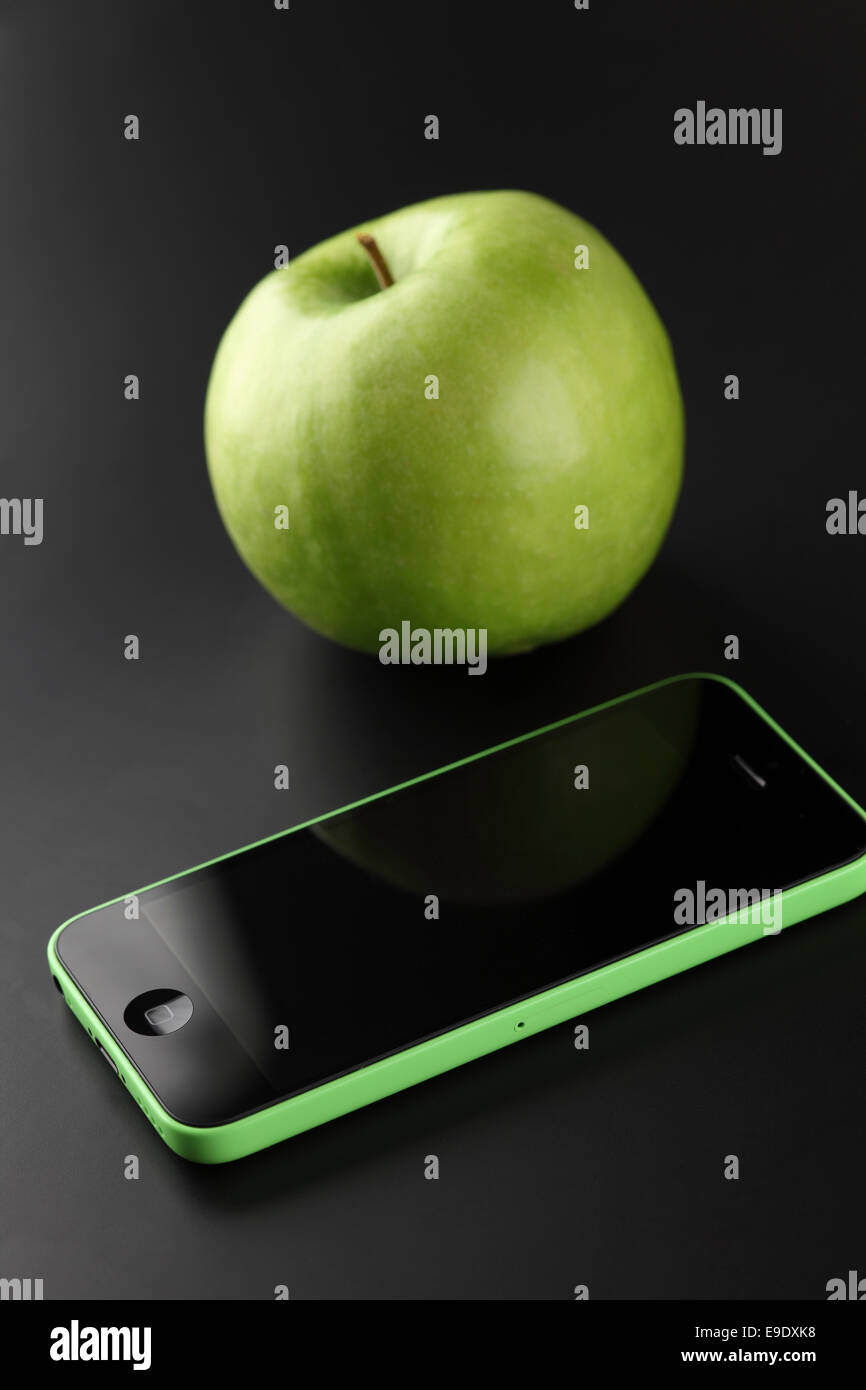 Tambov Federazione Russa Ottobre 16 2013 Apple Iphone 5c Di