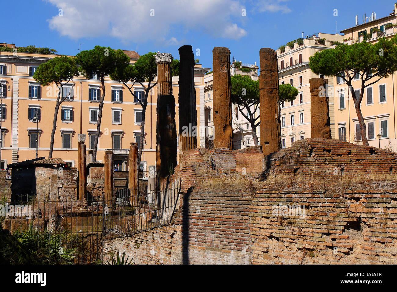 Largo di Torre Argentina di Roma, Italia. Immagini Stock