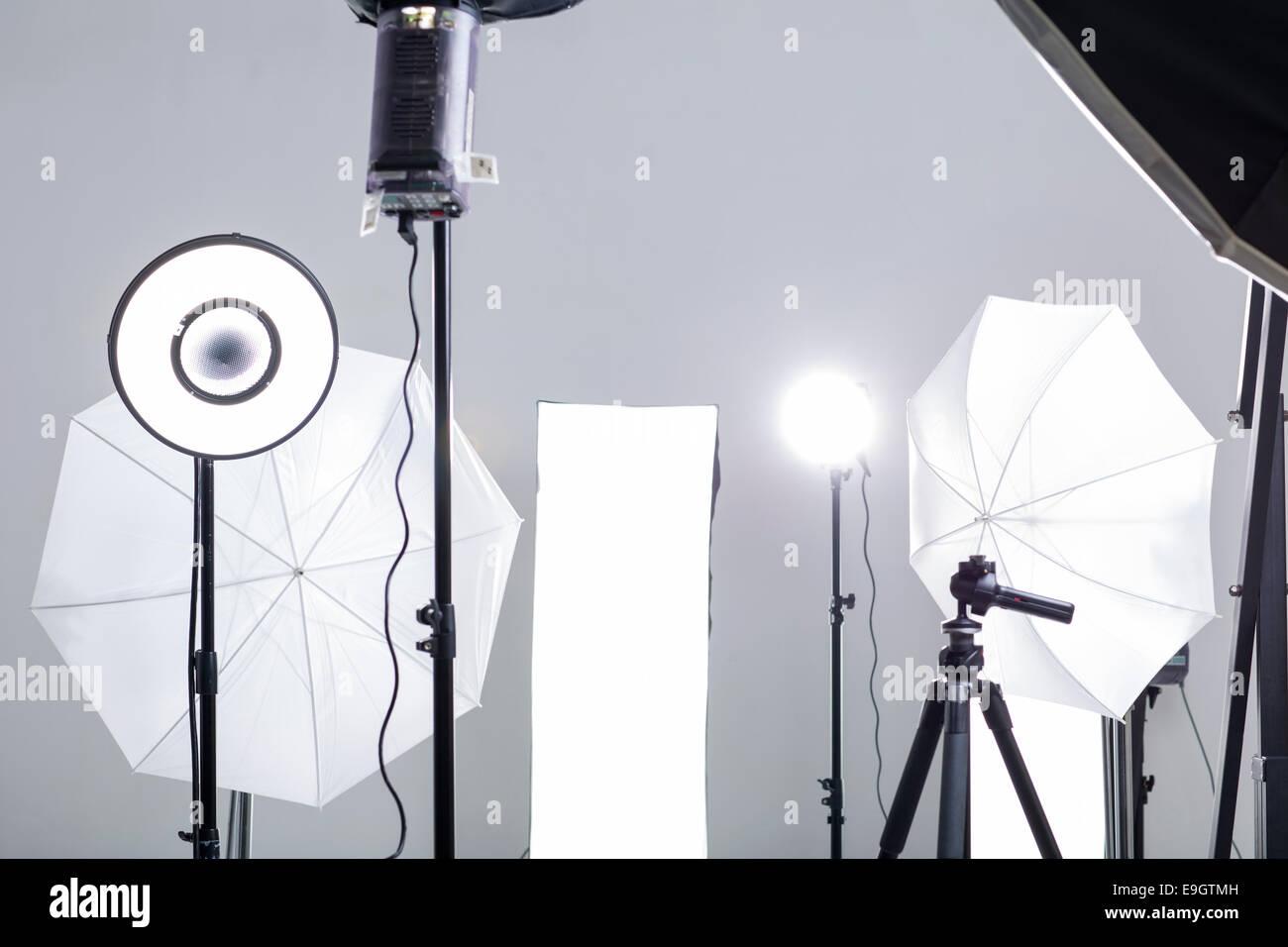 Attrezzature fotografiche in studio Immagini Stock