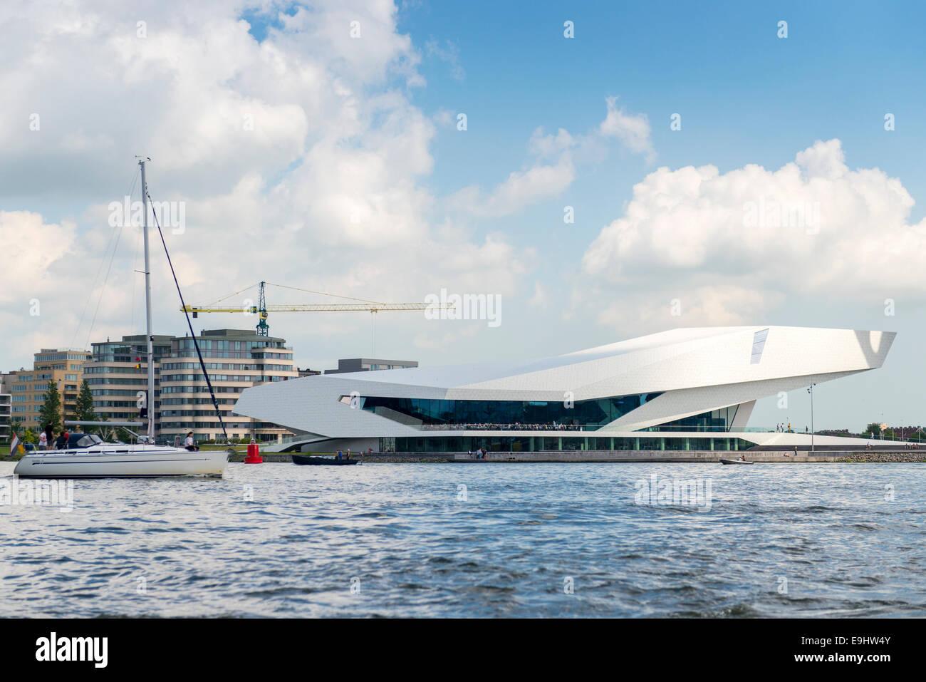 EYE Film Institute, futuristico edificio che ospita il museo del cinema, Amsterdam, Paesi Bassi Immagini Stock
