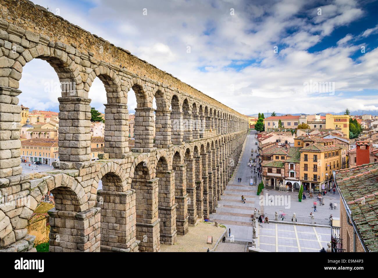Segovia, Spagna all'antico acquedotto romano. Immagini Stock