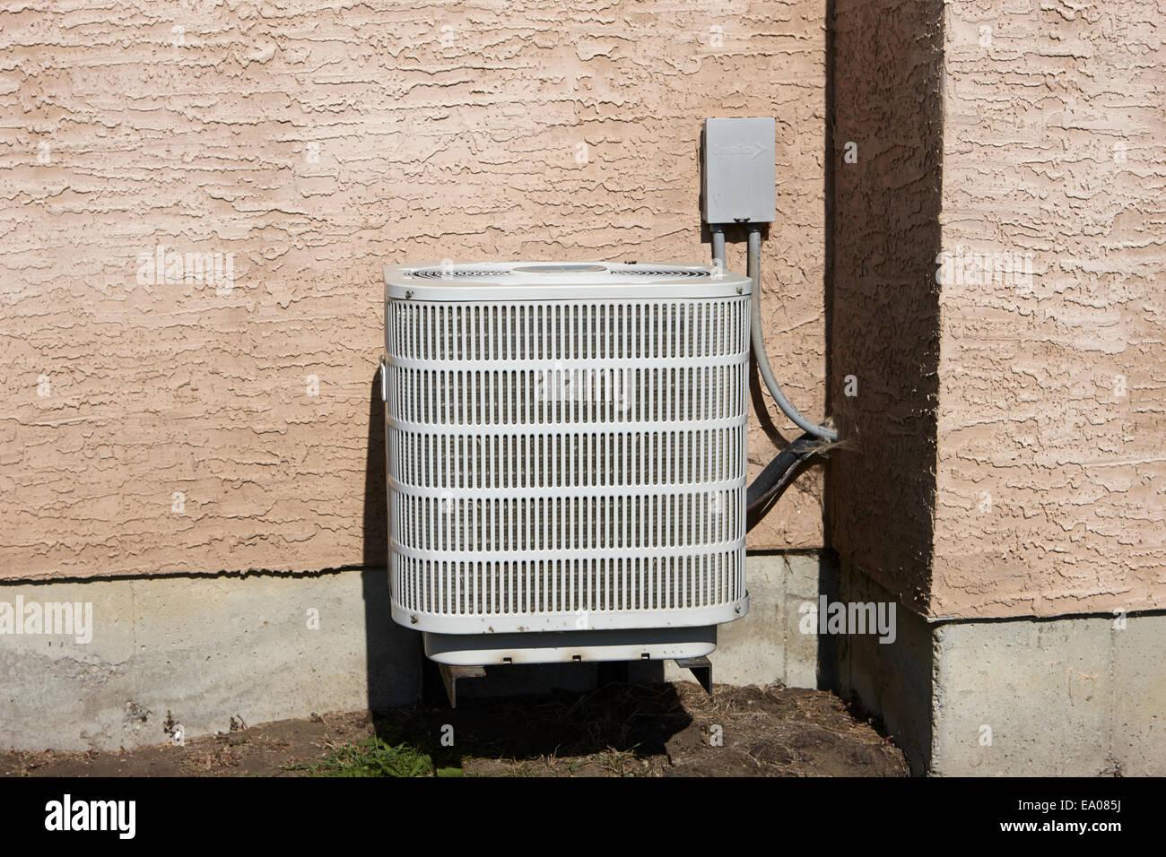 Domestico esterno unità aria condizionata Saskatchewan Canada Immagini Stock