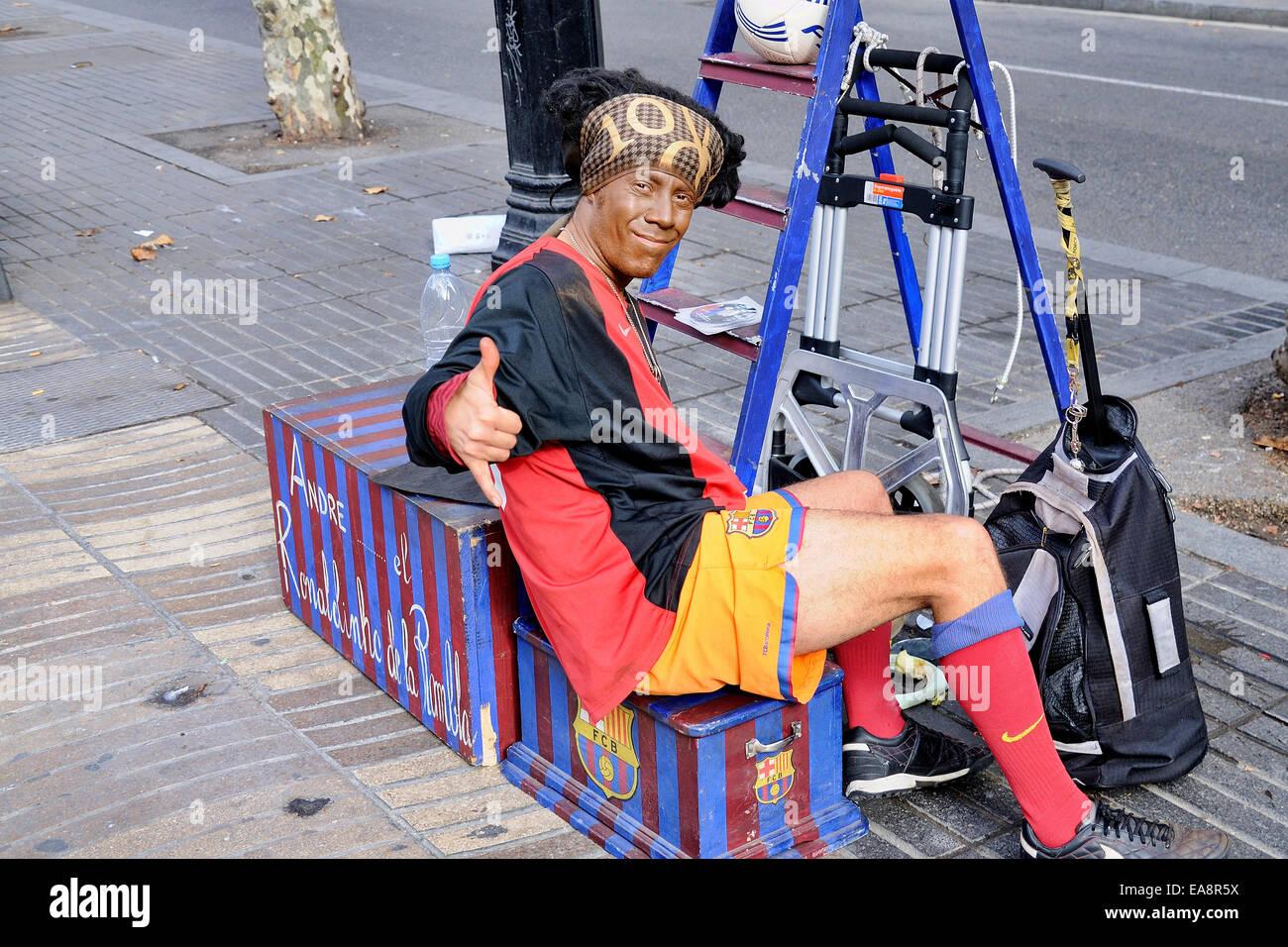 Barcellona, Spagna - dic 20: Il Ronaldinho di La Rambla, esegue a Les Rambles street su dicembre 20, 2009 a Barcellona, Immagini Stock