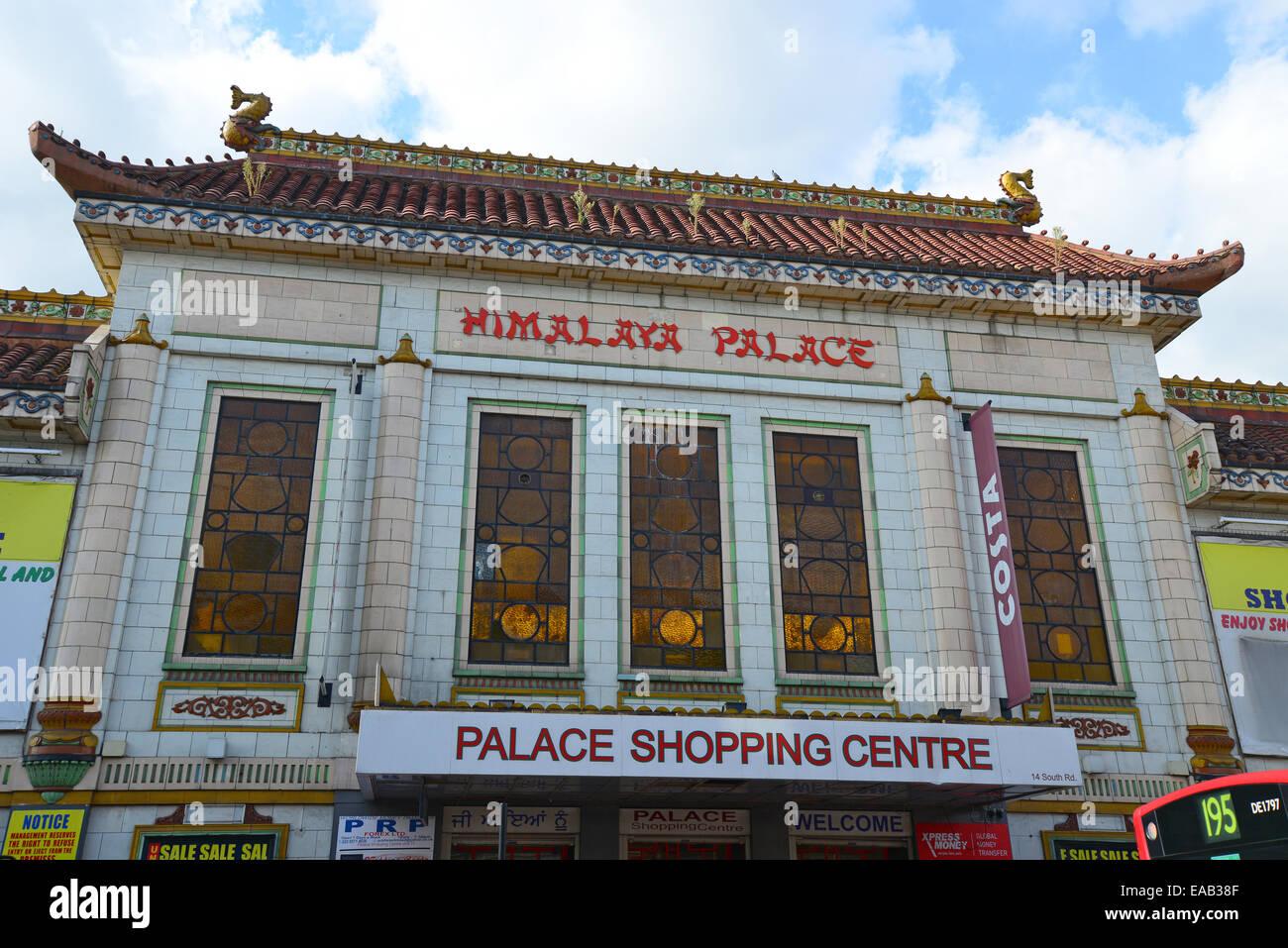 Himalaya Palace Cinema, South Road, Southall, London Borough of Ealing, Greater London, England, Regno Unito Immagini Stock