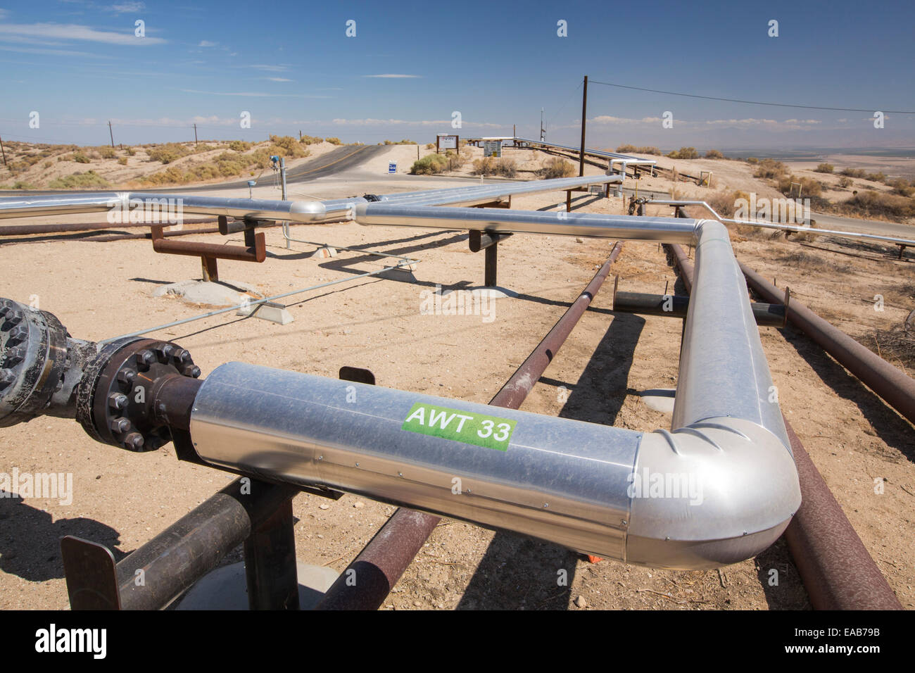 Midway Sunset oilfield in Taft, Bakersfield, California, Stati Uniti d'America. A seguito di un inedito e quattro Immagini Stock