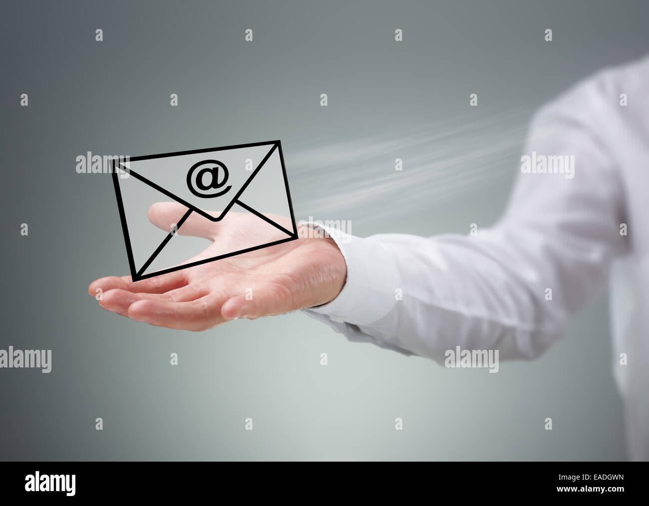 Contattaci via e-mail Foto Stock