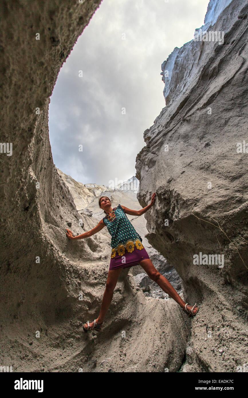 All'interno delle cave di pomice in Isola di Lipari Immagini Stock