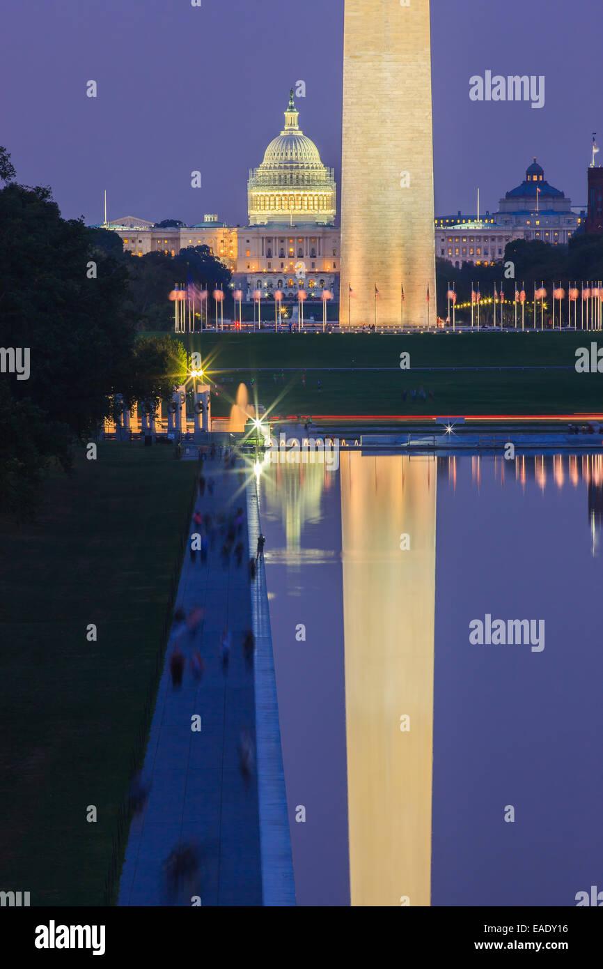 Il Monumento a Washington e il Campidoglio di Washington DC. Foto Stock