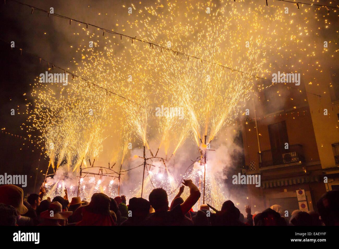 Escaldàrium, tradizionale festa del fuoco e acqua in Caldes de Montbui village eseguita annualmente durante Immagini Stock