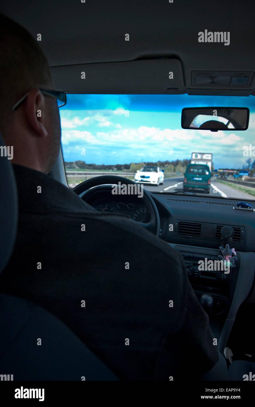 """"""" Commuter """" guida su un traffico intenso freeway, view all'interno della vettura Immagini Stock"""