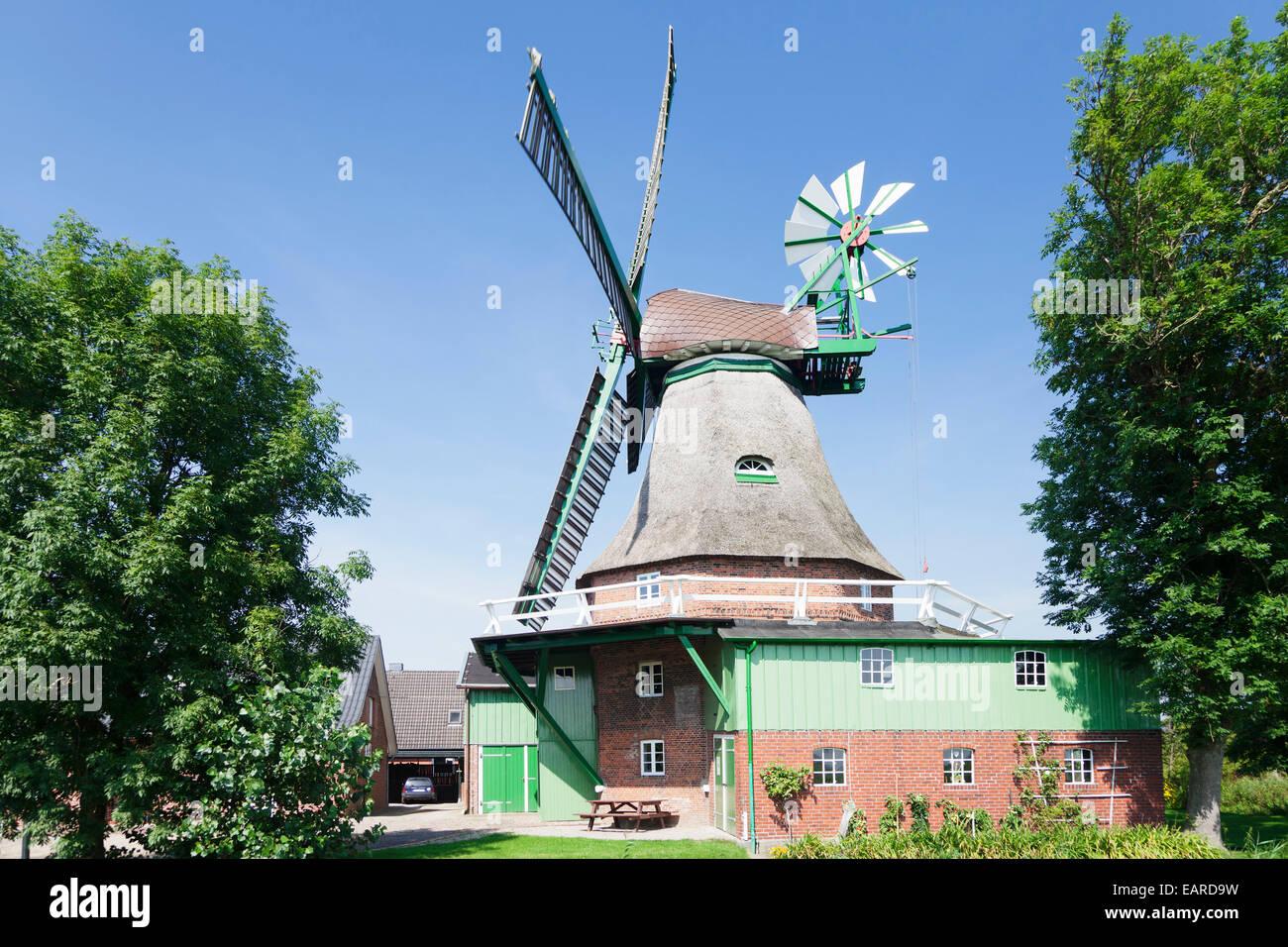 """""""Gott mit uns' Windmill, tedesco per """"Dio con noi"""", galleria olandese mulino a vento, smock mulino Immagini Stock"""