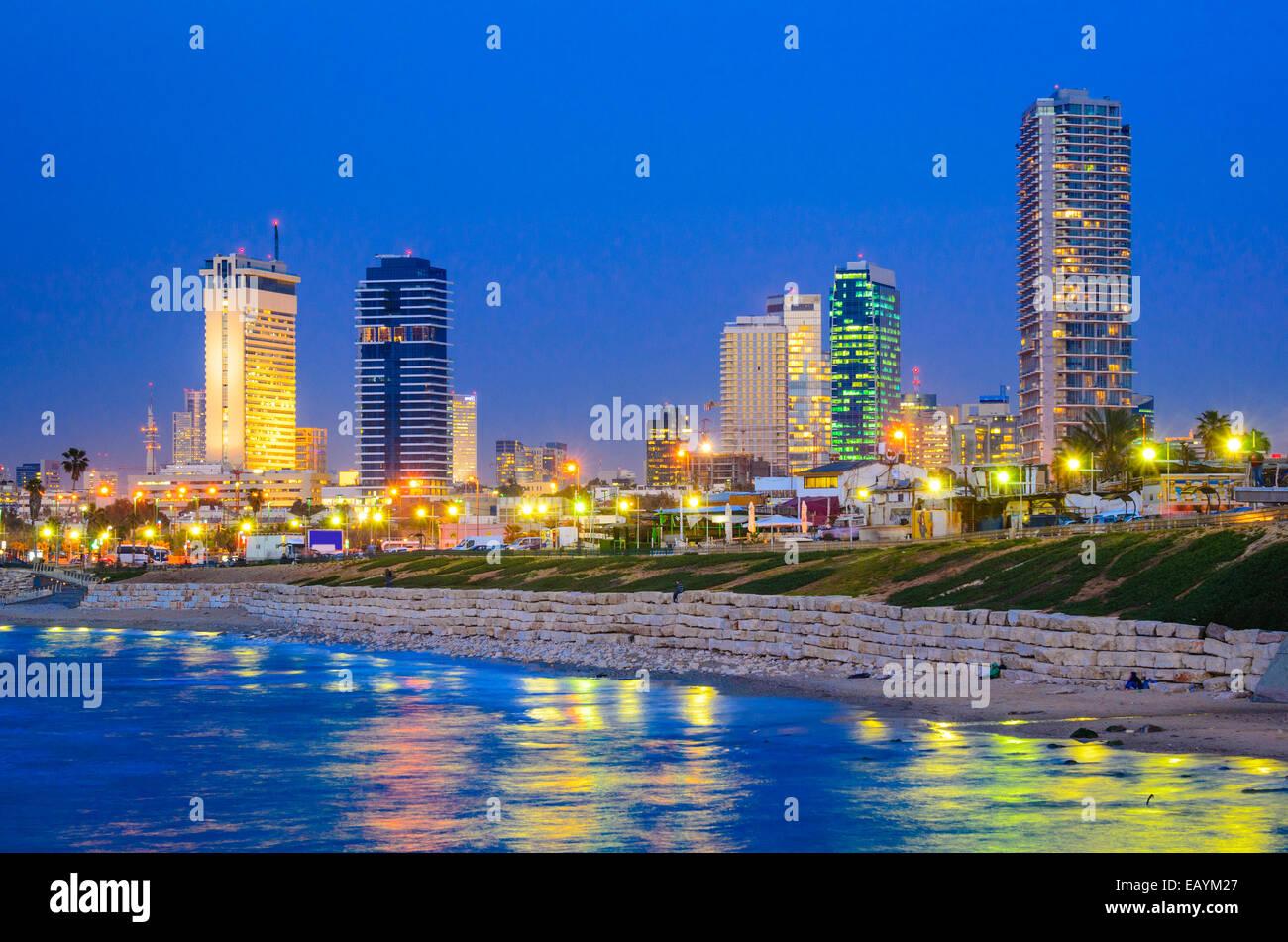 Tel Aviv, Israele Skyline sul Mediterraneo. Immagini Stock