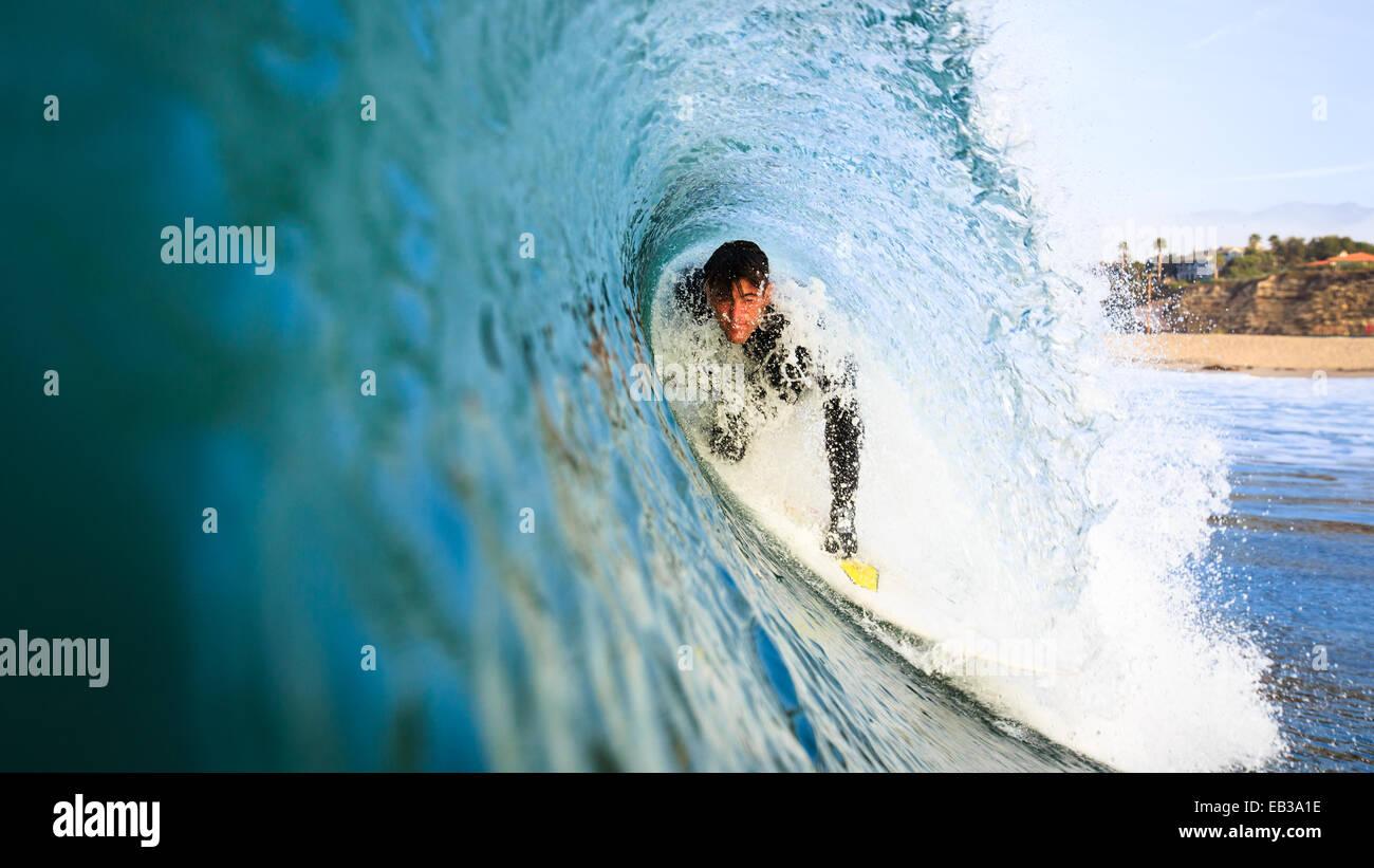 L'uomo surf, Malibu, California, America, STATI UNITI D'AMERICA Immagini Stock