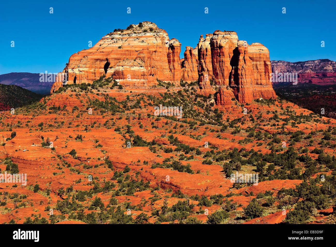 Stati Uniti d'America, Arizona, Yavapai County, Sedona, Cattedrale Rock visto dal sentiero Hiline Vista lato Immagini Stock